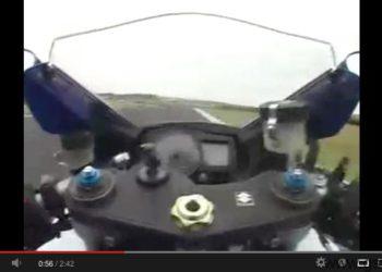 video Suzuki GSXR 1000 K7 Kevin Schwantz en Phillip Island