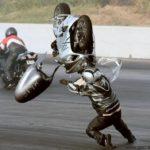 suzuki gsx-r 1300 hayabusa volando por los aires