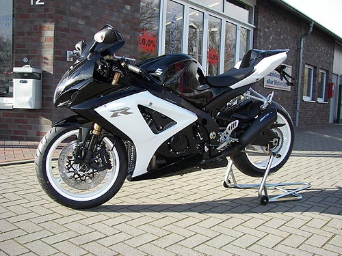 suzuki gsxr 1000 2007 k7 black and white edition