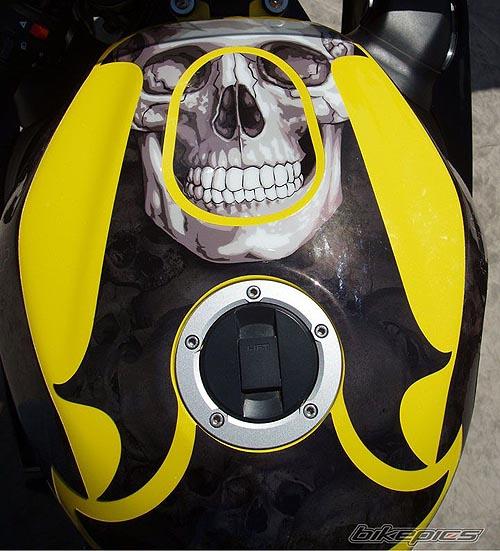 suzuki gsxr amarilla skull gore