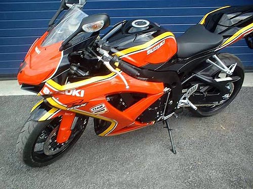 suzuki gsxr 750 2008 k8 barry sheene