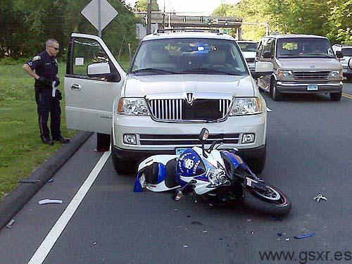 moto suzuki gsx-r accidente