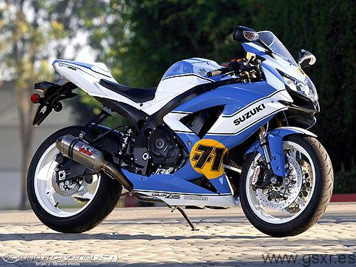 2008 Suzuki GSX-R 750 Barry Sheene replica