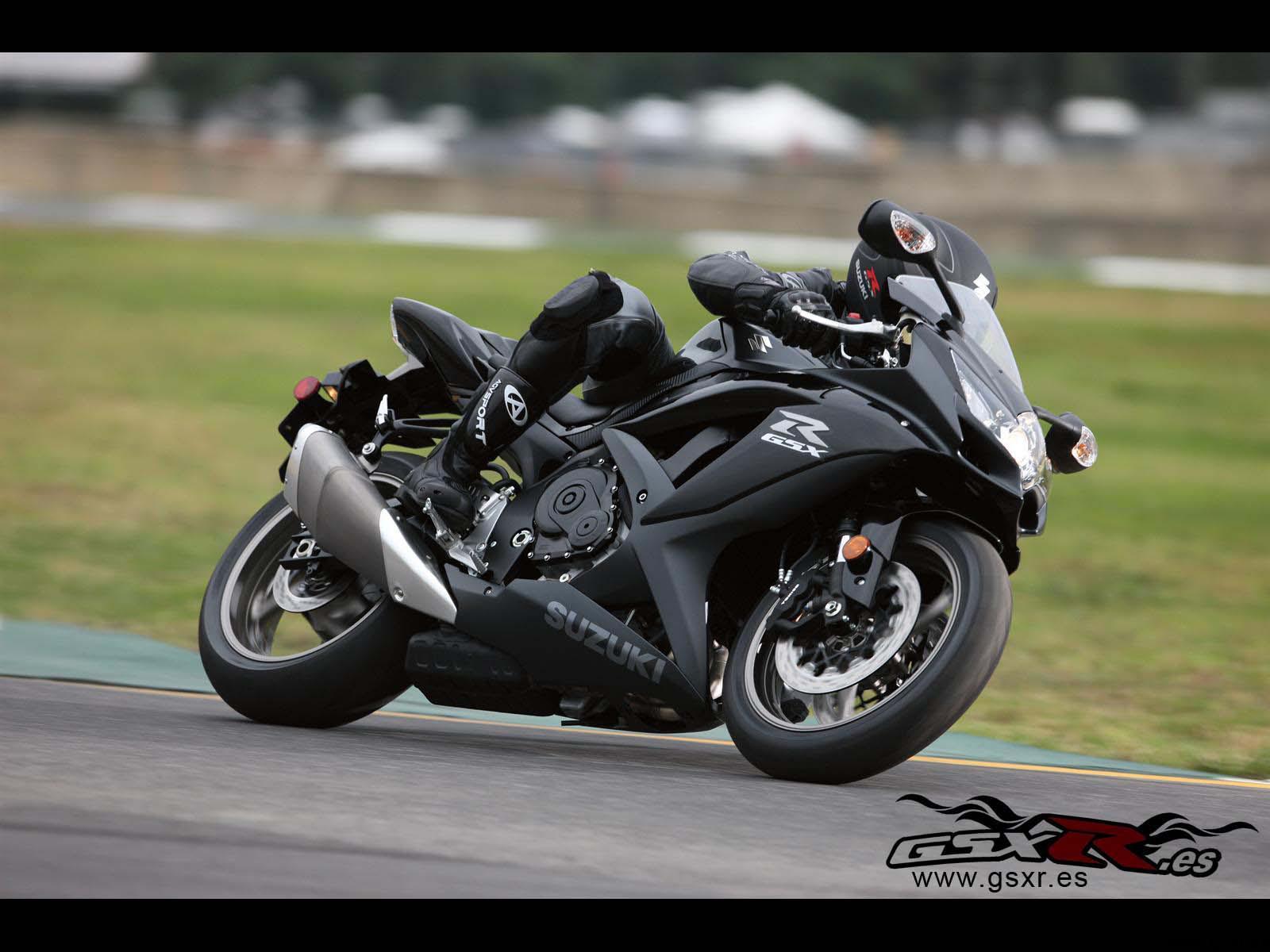 Suzuki GSX-R 750 2009 negro