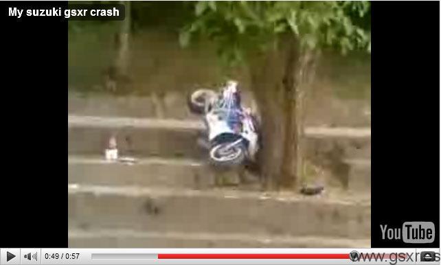 video accidente contra un arbol de una moto suzuki gsxr