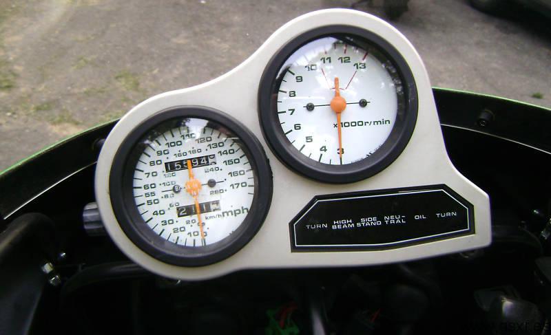 Suzuki GSX-R 1100 1986 skoal bandit cuadro