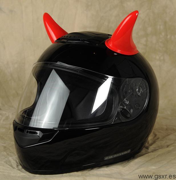 cuernos rojos cascos moto