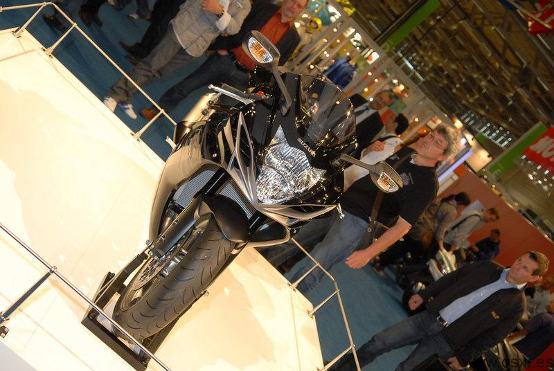 Suzuki GSX-R 600 2011 en Intermot 2010 Colonia