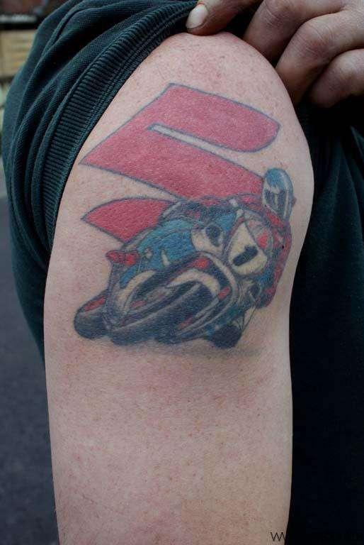 tatuaje suzuki competicion