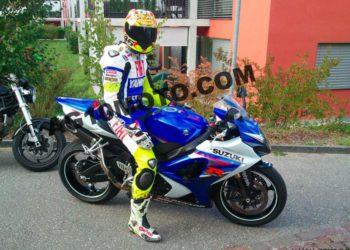Mono de moto Yamaha Valentino Rossi