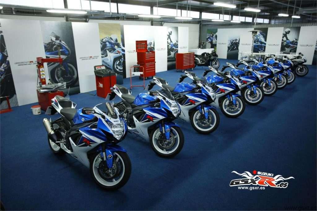 Suzuki GSXR 600 2011 - fondo de escritorio - 1280x853