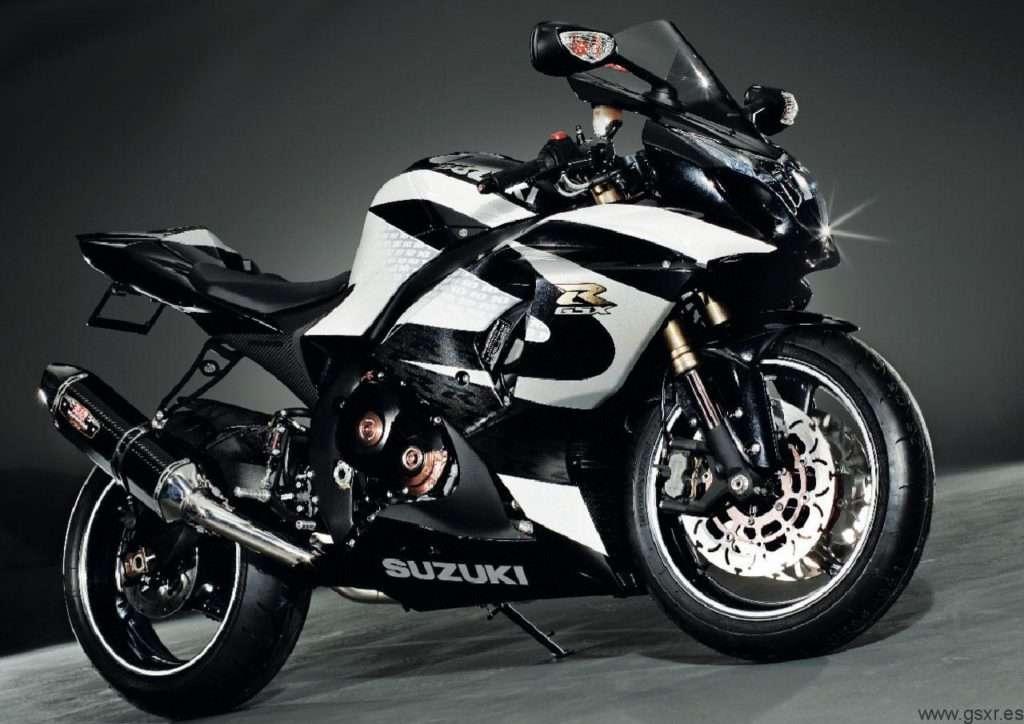 Suzuki GSX-R 1000 2010 Fast Bikes Magazine
