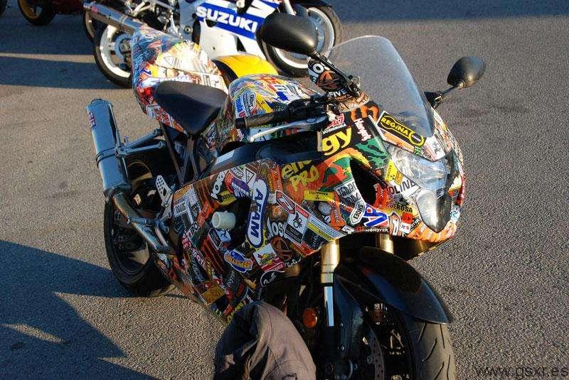 Gixxer Sticker, moto Suzuki GSXR llena de adhesivos y pegatinas