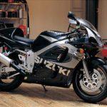 Suzuki GSXR 600 1999 Negro y Plata