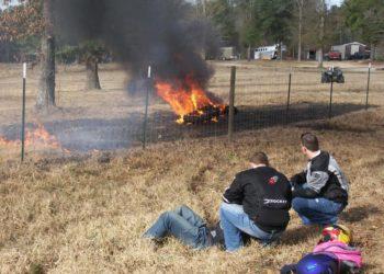 suzuki gsxr 1000 2007 accidente ardiendo