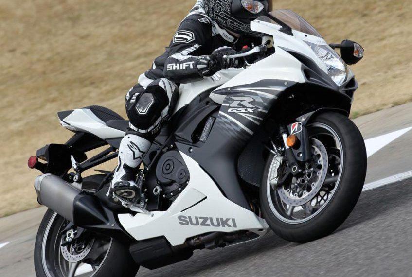 2011 Suzuki GSXR 600 en acción