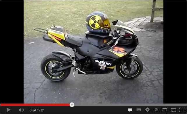 video mini moto replica suzuki gsxr 1000