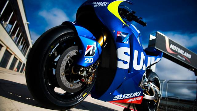 Suzuki MotoGP team test video online
