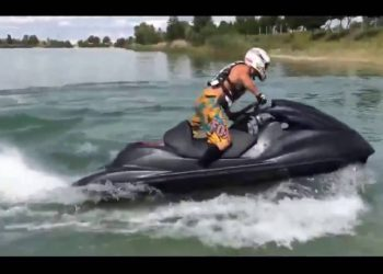 video jet ski con motor suzuki hayabusa